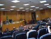 محافظ المنيا يناقش موقف تنفيذ الخطة الموحدة ويؤكد: البنية الأساسية والمرافق أولوية