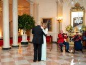 البيت الأبيض يهنئ الرئيس ترامب بعيد زواجه الـ15