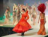 العرض الأخير لمصمم الأزياء الفرنسى جان بول جوتيه قبل اعتزاله