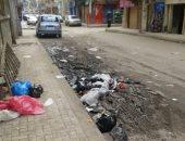 شكوى من القمامة وإتلاف الرصف فى شارع عمر بن الخطاب في دمنهور بالبحيرة