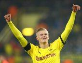 هالاند يدخل تاريخ الدوري الألماني بخمسة أهداف فى 57 دقيقة.. فيديو