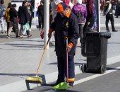 نظافة الجيزة: توزيع أدوات وقاية على العمال وتوعيتهم باستخدامها