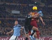 """روما ضد لاتسيو.. التعادل 1-1 يحسم الشوط الأول من ديربي روما """"فيديو"""""""