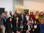 صور.. رئيس جامعة الأقصر يفتتح معرض الجامعة الأول للفنون التشكيلية