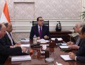 رئيس الوزراء يكلف بإحداث نقلة حقيقية فى جودة الطرق والنظافة بالقاهرة والجيزة