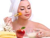 وصفات طبيعية لتقشير البشرة وتنظيف الشعر من التفاح
