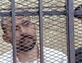 صور.. محامى المتهم بذبح أسرة كفر الدوار يطالب المحكمة بالكشف عن قواه العقلية