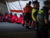 خفر السواحل الإسبانى ينقذ عشرات المهاجرين بجزيرة جران كناريا