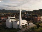 """فيديو.. كاهن كنيسة فى النرويج يصف تصميمها الجديد بـ""""البشع"""""""