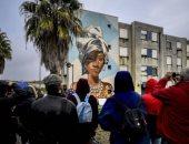 جداريات الشوارع تحول حيًا محظورًا في البرتغال إلى مقصد سياحى أوروبى.. صور
