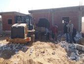 إزالة 53 حالة بناء مخالف على أراضي الدولة في الإسماعيلية.. صور
