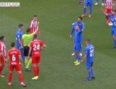 """واقعة تاريخية.. لاعب يطرد مرتين خلال دقيقتين فى الدوري الاسباني """"فيديو"""""""