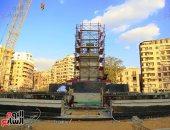 الانتهاء من تثبيت قاعدة مسلة رمسيس الثانى فى ميدان التحرير  (صور)