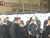 زينة ومها أحمد وسعد سمير بالعكاز فى عزاء نجل الإعلامية مروة ميمي (فيديو)