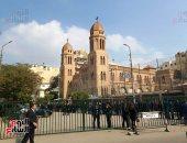 إقامة صلاة الجنازة على خالد بشارة بكنيسة مارمرقس بحضور أسرته وآل ساويرس