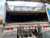 القبض على 36 مهاجرا غير شرعيا مختبئين فى شاحنة رمل بتكساس الأمريكية