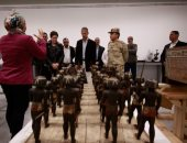السفير الأمريكى يزور المتحف المصرى الكبير ويبدى إعجابه بالمشروع الضخم