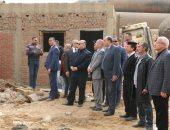 محافظ القاهرة يشارك فى حملة لاستعادة 6000 متر أملاك دولة فى حى السلام