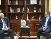 سفير كازخستان يقترح تشغيل خط طيران مباشر إلى القاهرة