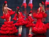 صور.. روعة الرقص الإسبانى فى عرض أزياء الفلامنكو بأشبيلية