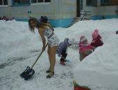 ببلد التلج.. روسية خمسينية لا تعترف بالشتاء.. اعرف حكايتها