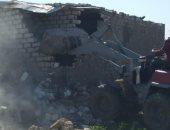 تنفيذ 19 قرار إزالة للتعديات على أراضى الدولة غرب الإسكندرية