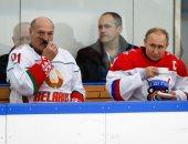 الرئيس بوتين يلعب هوكى الجليد مع نظيره البيلاروسى فى مدينة سوتشى