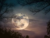 ظاهرة فلكية غير عادية تؤثر على حالتنا العاطفية الليلة.. إزاى تعديها بسلام؟