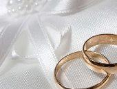 في يوم الزواج العالمى .. طلبنا من الرجالة يوصفوه بكلمة.. شوف قالوا إيه؟