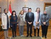وزير الشباب والرياضة يؤكد دعمه لمهرجان إيزيس الدولى لمسرح المرأة