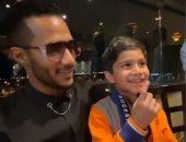 طفل سعودى يقلد رقصة محمد رمضان: أنت نمبر 1 وأنا نمبر 2.. فيديو