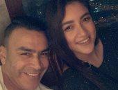 """عصام الحضرى ينشر صورة له مع ابنته شاهندا.. ويعلق: """"قلبي أنا"""""""