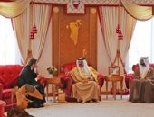 ملك البحرين يستقبل وزيرة الإمارات للأمن الغذائى