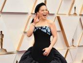 حفل الأوسكار 2020.. من أين انتقت كيلى مارى تران فستانها ومجوهراتها؟