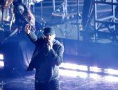 بعد 18 سنة من تتويجه بالأوسكار.. Eminem يؤدى أغنية Lose Yourself من جديد