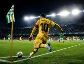 ملخص وأهداف مباراة ريال بيتيس ضد برشلونة 2-3 فى الدورى الإسبانى
