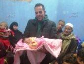 """أخبار المحافظات اليوم.. """"ياسمين"""" المولودة رقم 100 مليون بمصر"""