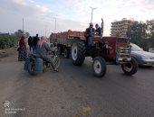 أهالى قرية كفر عامر ورضوان يناشدون محافظ القليوبية بإنشاء كوبرى مشاة
