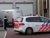 الشرطة العسكرية الهولندية تعتقل رجلين أحدهما مسلح فى مطار سخيبول