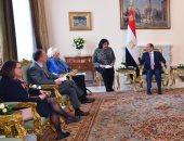 السيسى يستقبل وفد مجموعة الصداقة الفرنسية المصرية بمجلس الشيوخ الفرنسى