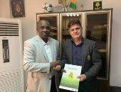 غينيا توقع مع المدرب الفرنسي ديديه سيكس عقد لمدة 3 سنوات