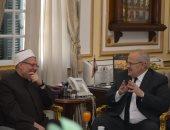 ماذا دار بين الخشت ومفتى الجمهورية حول قضية تجديد الخطاب الدينى.. اعرف التفاصيل