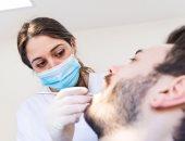 ضعف اللثة وفقدان الأسنان أحدث أعراض كورونا الغريبة