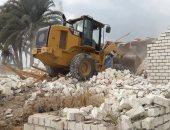 صور.. إزالة تعديات على أراضى الدولة بالمنيا ودمياط وتحرير 100 محضر إشغال بالغربية