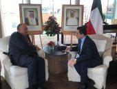 وزير الخارجية ونظيره الكويتى يتفقان على رفض التدخلات الإقليمية فى شؤون العرب