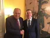 شكرى يستعرض مع وزير خارجية لاتفيا التطورات الإيجابية التى يشهدها الاقتصاد المصرى