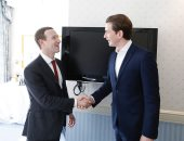 """مستشار النمسا يطالب بفرض ضرائب عادلة على الشركات الرقمية مع مؤسس """"فيس بوك"""""""