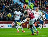 شاهد.. أستون فيلا يتأخر ضد توتنهام 1-2 فى شوط مثير بالدوري الإنجليزي