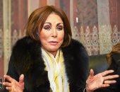 لبنى عبدالعزيز: العندليب قاد حملة ضدى بسبب بطولتى فيلم لفريد الأطرش