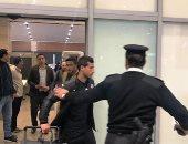 الزمالك يصل مطار القاهرة عبر صالة 4 لاستقبال الجماهير